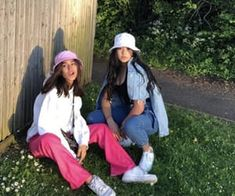 casual outfits date Best Friend Pictures, Friend Photos, Aesthetic Fashion, Aesthetic Clothes, Looks Style, Style Me, Fille Gangsta, 90s Fashion, Fashion Outfits