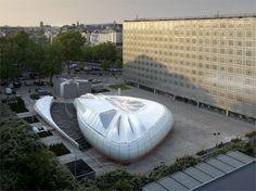 Zaha Hadid - Paris Pavilion