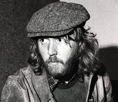 Harry Nilsson was John Lennon's favorite male singer in the US...he was a brilllant singer and songwriter