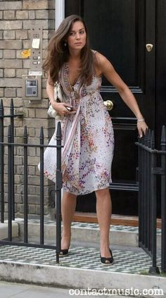 Kate leaving her Chelsea flat that she shared with her sister Pippa.