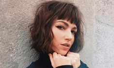 Ursuka Corbero hair hairstyles 5 Super Easy Hairstyles to try this spring – Hairstyle Fix Try New Hairstyles, Super Easy Hairstyles, Cute Girls Hairstyles, Spring Hairstyles, Celebrity Hairstyles, Angled Bob Hairstyles, Instagram Hairstyles, Long Hair With Bangs, Hair Styler