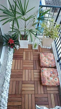 Trendy Ideas For Small Patio Plants Apartment Balconies Small Balcony Design, Small Balcony Garden, Small Balcony Decor, Small Patio, Balcony Ideas, Small Balconies, Balcony Gardening, Terrace Garden, Indoor Garden