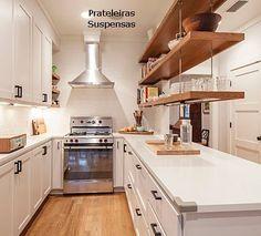 cozinha-prateleiras-suspensas