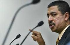"""اخبار اليمن خلال ساعة - أول تعليق من """"بحاح"""" إزاء إعلان مؤتمر حضرموت الجامع"""