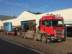 Scania zwaar auto kraan aanhanger.