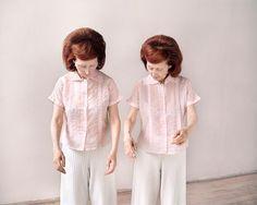 Monette y Mady: Dos hermanas gemelas que comparten una vida idéntica | FuriaMag | Arts Magazine