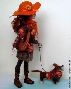 """Купить Авторская кукла """"Вечерний променад"""" . - оранжевый, девочка с собакой, прогулка, интерьерная композиция"""