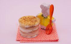 Ricottina ai biscotti, pere e yogurt ricetta