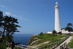 Hinomisaki Lighthouse.  Looking for more information aboout Shimane? Go Visit Izumo tour guide.  http://www.izumo-kankou.gr.jp/