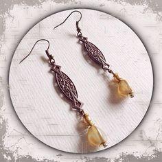 Ohrringe aus Metall in bronze und gold mit Prägung im Vintagestil --- Metal earrings in bronze and gold embossed vintage style --- Handmade