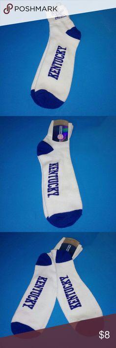 Men's Kentucky Wildcats Collegiate Socks✨ Men's Kentucky Wildcats Collegiate Socks✨ New With Tags✨UK Logo On The Socks✨ Officially Licensed Collegiate Product Officially Licensed Accessories