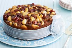 Christmas is coming so get into the spirit with this festive fruit and nut cake. Food Cakes, Fruit Cakes, Buy Cake, Pecan Nuts, Cake Delivery, Cake Online, Food Garnishes, Cooking Recipes, Healthy Recipes