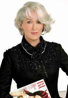 """Meryl Streep  Film """" the Devil Wears Prada """"El diablo viste de Prada""""/2006) diseño de vestuario Patricia Field."""