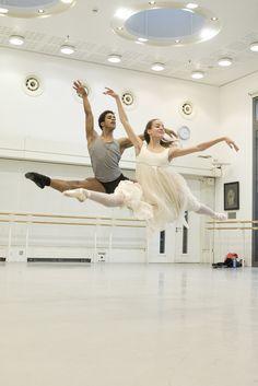 Marcelino Sambé and Leticia Stock in rehearsal for The Nutcracker, The Royal Ballet © 2015 ROH. Photograph by Andrej Uspenski