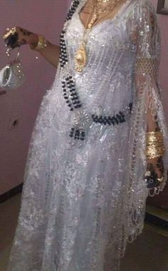 Robe Naili Algérienne #algeriantraditionaldresses #Algérie #الجزائر #Algeria