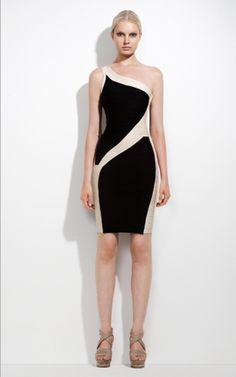 A Elegant  Herve Leger prom dress  is important for woman!