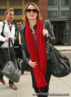 #DanniiMinogue Wears A Ruby #RedScarf In London
