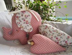 Игрушки из ткани: милые животные и сердечки