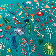 Paper Embroidery Patterns Tiny embroidery by Happy Cactus - Brannon Addison of Happy Cactus Design creates tiny embroidery in which small blooms burst into spontaneous arrangements. Cushion Embroidery, Cactus Embroidery, Embroidery Flowers Pattern, Creative Embroidery, Paper Embroidery, Learn Embroidery, Vintage Embroidery, Embroidery Applique, Embroidery Sampler
