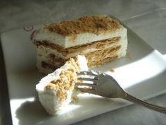 Adoro bolos de bolachas e este é simples e rápido, tinha visto uma receita aqui só que levava natas e bolachas ,mas como achei a quantidad... No Bake Treats, Tiramisu, Cooking, Breakfast, Ethnic Recipes, Sweet, Desserts, Foods, Desert Recipes