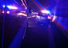Folle corsa di due auto contromano per tre chilometri - http://www.sostenitori.info/folle-corsa-di-due-auto-contromano/270344