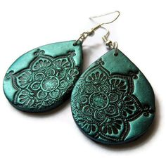 Lotus mandala earrings teal black polymer clay by MoonsafariBeads Polymer Clay Pendant, Polymer Clay Art, Polymer Clay Earrings, Polymer Clay Projects, Bijoux Diy, Ceramic Jewelry, Metal Clay, Clay Creations, Biscuit