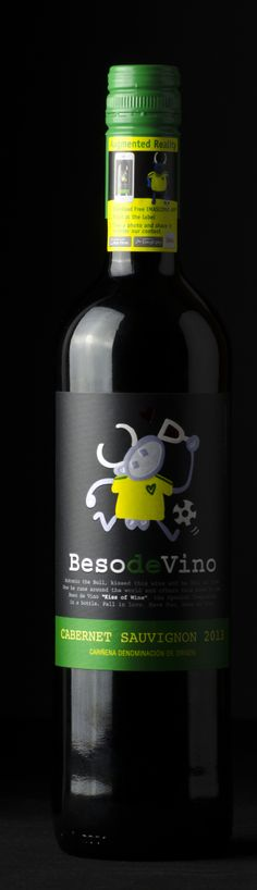 Beso de Vino Football Edition, a wine with Augmented Reallity experience. Cavernet Sauvignon || #BesodeVino