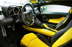 Lamborghini Aventador LP 720-4 50th Anniversary Edition interior