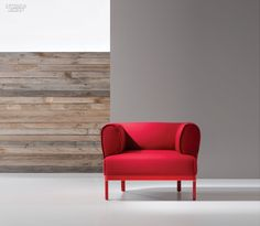 Zip armchair in lacquered beech and Gabriel's polyester in Atlantic by Blatex Tapissats.