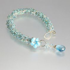 Gemstone bracelet with topaz