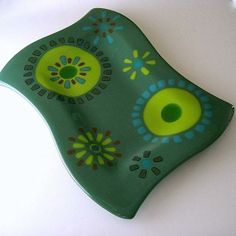 Fused Glass Plate - 13 x 9 Green With Ci - by Resetar Glass Art