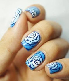 Ombre Blue Roses #nails #nailart #beautiful #shadesofblue - bellashoot.com