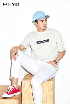 Not everyone can pull off a lot of white. But Mino isn't everyone