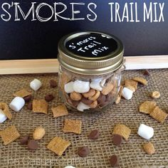 So the first time I had this, I was in  AWE! So good! S'mores Trail Mix - S'mores in a jar