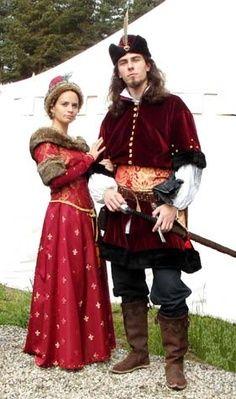 Nice rendition of more Eastern European garb.