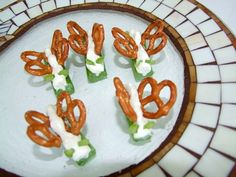 Butterfly snack for the summer/spring and loads of other cute snack foods kids will love!