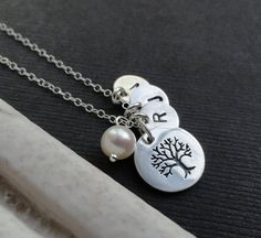 Family Tree Necklace, Sterling silver Mothers necklace, Family tree Necklace, Grandmother Necklace, up to Four children, grandchildren