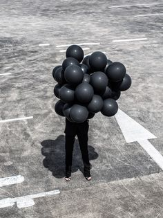 Black Balloons, Black Suit, Bloglovin Awards, Oracle Fox, amanda Shadforth, carpark