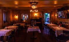 Nichts bringt uns auf unserem Weg besser voran als eine Pause. Elizabeth Barrett Browning #bistrobar151 #soon #hopefully #interiordesign #restaurantdesign #food #drinks #flair #music #wörthersee #feiern #genießen #freudehaben Elizabeth Barrett Browning, Restaurant Design, Pause, Interiordesign