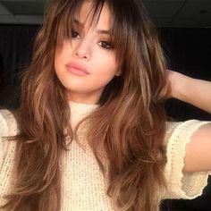 Selena Gomez Rocks New Bangs, Looks Gorgeous 782007922779795035 Long Haircuts With Bangs, Long Layered Haircuts, Hairstyles With Bangs, Bangs Hairstyle, Bun Hair, Bob Haircuts, Layered Hair With Bangs, Layered Hairstyles, Latest Hairstyles