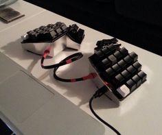 Resultado de imagen de ergonomic keyboard