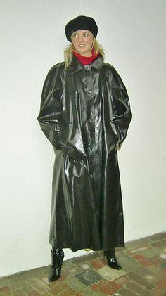 Raincoats For Women Shoes Green Raincoat, Mens Raincoat, Pvc Raincoat, Raincoat Jacket, Plastic Raincoat, Mackintosh Raincoat, Rubber Raincoats, Rain Jacket Women, Rain Gear