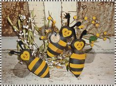 Primitive BUMBLE BEE Bowl Fillers Summer by BeyondTheAtticDoor, $13.95