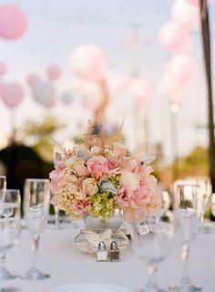 deco-lanterne-rose-blanche-jardin
