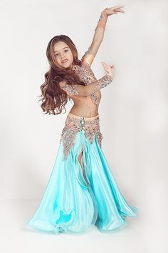 Belly Dancer Costumes, Girls Dance Costumes, Belly Dancers, Dance Outfits, Dance Dresses, Girl Outfits, Young Girl Models, Little Girl Models, Cute Young Girl