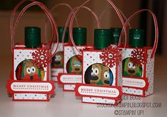 Cute little holiday hand sanitizer gift bags -- a great idea for SS teachers and children's church workers!  :)