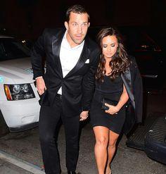 #DemiLovato and her rumored boyfriend #LukeRockhold arriving at the #UFC205 fight holding hands tonight in NYC! ( SplashNews) • • • • • • • • • • • • • • • • • • • • • • • • • • • • • • #DemiLovato e o suposto namorado, #LukeRockhold chegando na luta #UFC205 de mãos dadas esta noite em NYC! Casal magya é outro nível, bem fofinho os dois!! ( SplashNews)
