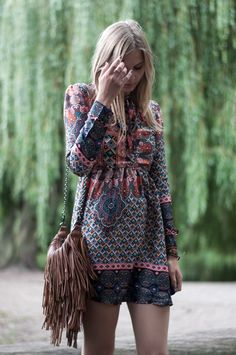 Festival Style: Glamorous Boho dress, brown fringe bag - Hamburg, Streetstyle, Outfit, Blogger