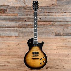 Gibson USA Les Paul Classic Player Plus Satin Vintage Sunburst Gibson Les Paul Jr, Guitar Pins, Guitar Collection, Gibson Guitars, Satin, Music Instruments, Vintage, Electric Guitars, Classic