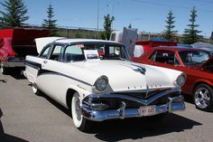 Quite a rare Canadian market 1956 Meteor Rideau. The owner claims 1 of 206 made.